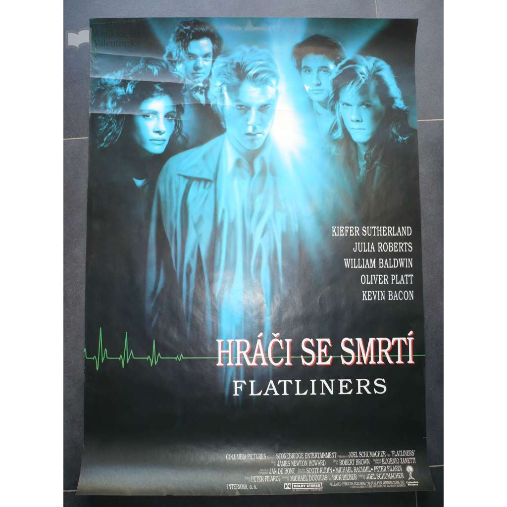 Hráči se smrtí (filmový plakát, film USA 1990, režie Joel Schumacher, hrají: Kiefer Sutherland, Julia Roberts, Kevin Bacon)