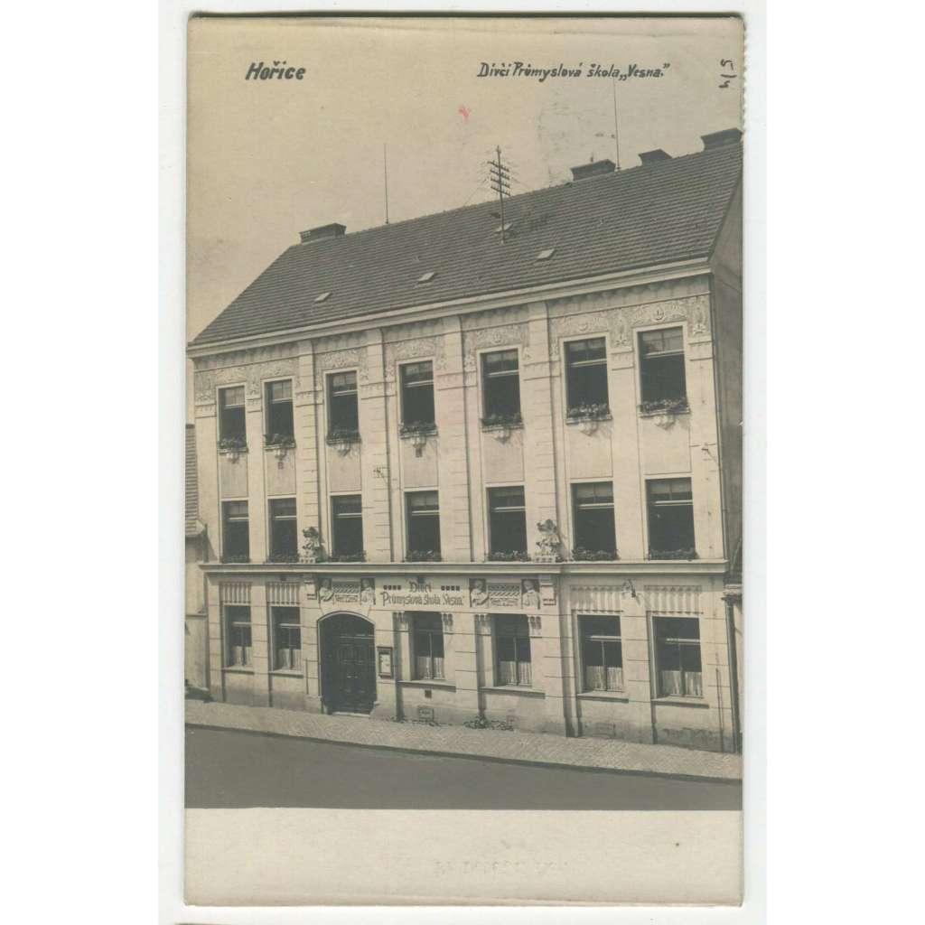 Hořice, Jičín, škola