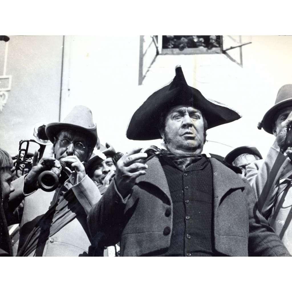 Fotoska - film Divotvorný klobouk (Radok, Rašilov)