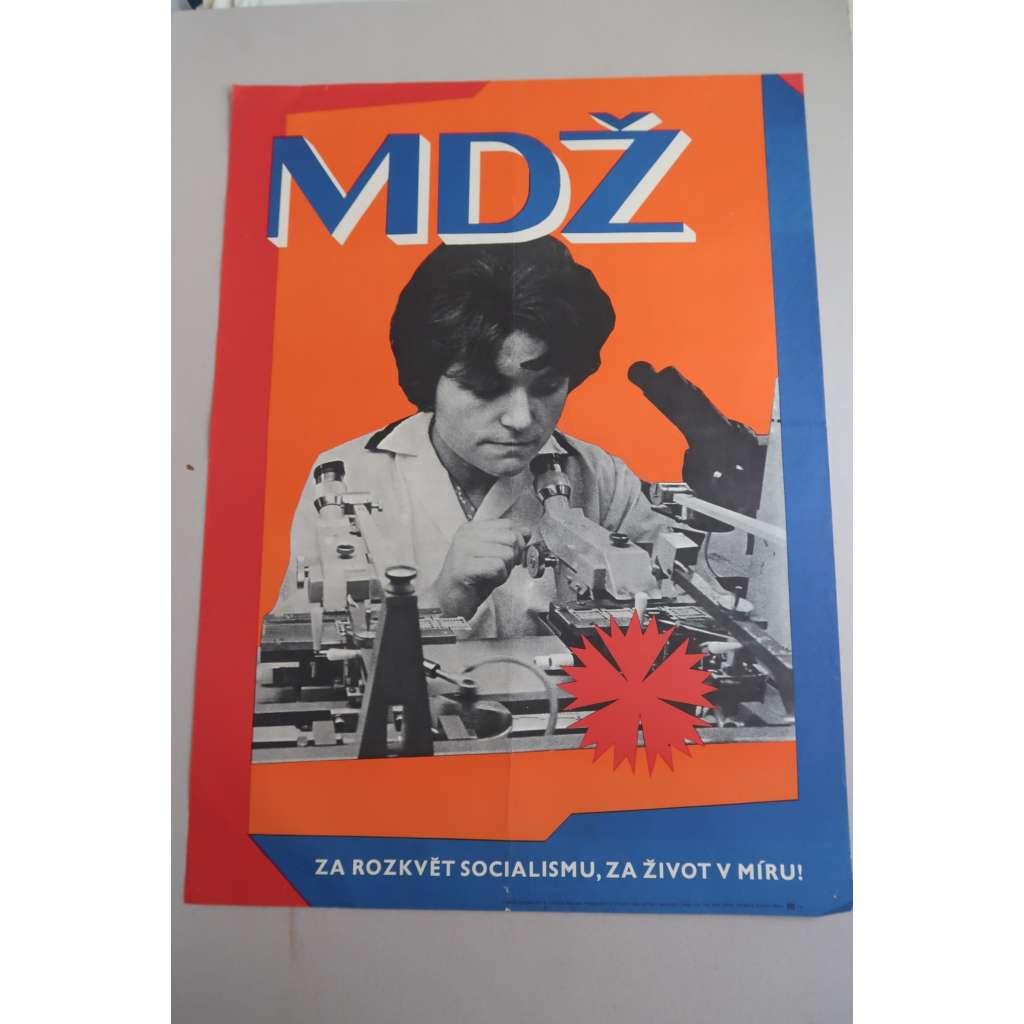 Plakát - MDŽ - komunismus, propaganda - Mezinárodní den žen - žena u mikroskopu